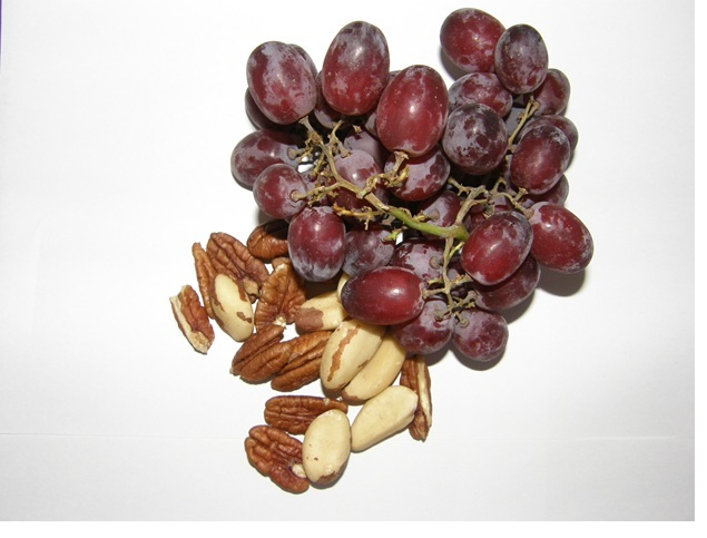 Grape and nuts