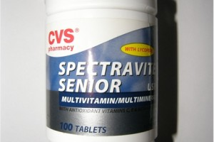Spectravite Senior multivitamin with AZO DYES